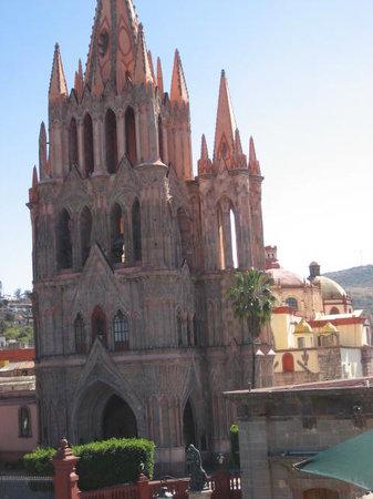 سان ميجويل دى أييندا, المكسيك: Parroquia