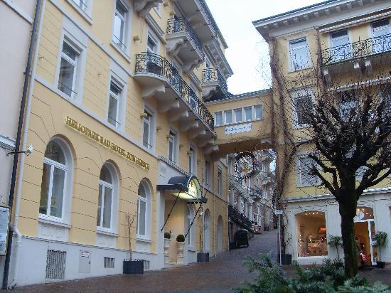 Heliopark Bad Hotel zum Hirsch : hotel desde la calle