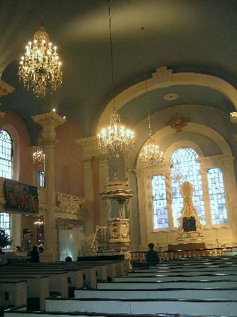 St. Paul's Chapel: Interior
