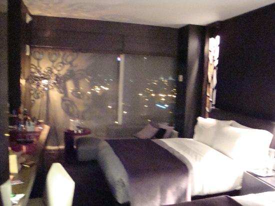 "W Atlanta Downtown: W ""Fabulous"" Room"