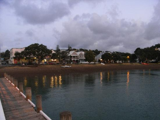 Evening view of Russell from the pier