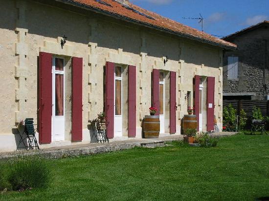 Domaine de Blaignac: le gite coté vignes