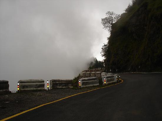 Cloud,Road And Mussoorie