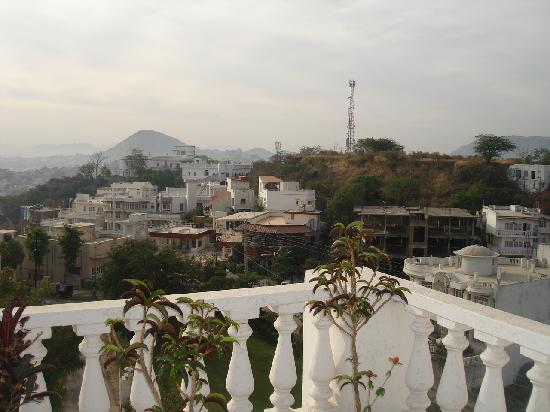 Hotel Hilltop Palace: Rooftop Views