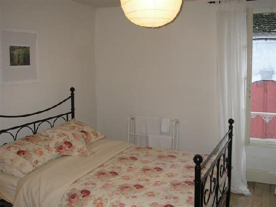 My Little French House : my bedroom