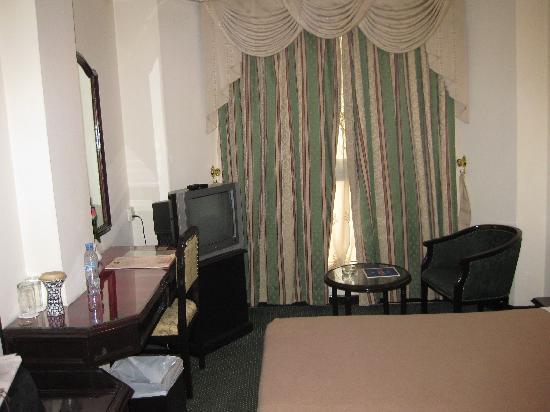 New Penninsula Hotel : standard room