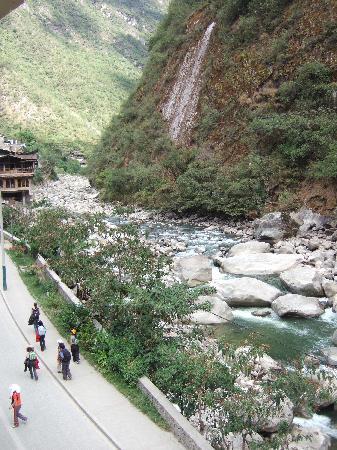 Hostal Machu Picchu: ホテル裏の風景