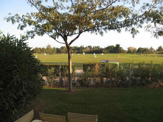 Hotel de Massane : Garden / driving range