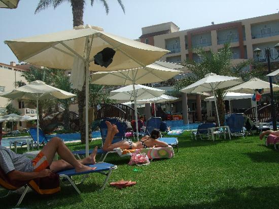 Selini Suites: the Pool area