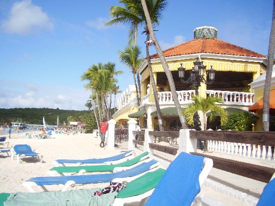 Sandals Grande Antigua Resort & Spa: beach