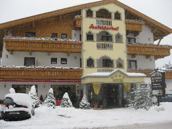 Hotel Seefelderhof: Front of Hotel