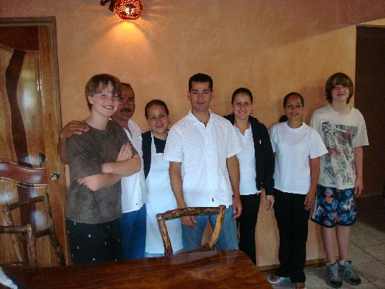 Monteverde Rustic Lodge: The wonderful staff at the Rustic Lodge with my grandchildren