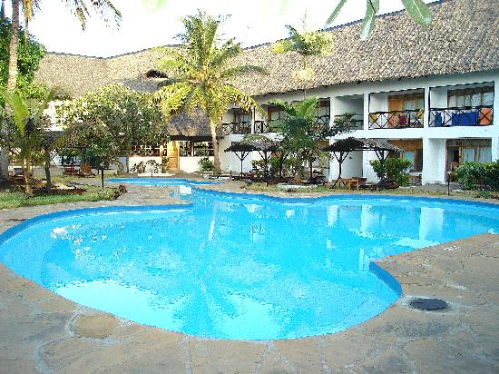 Hotel Diani Palm Resort: la piscine