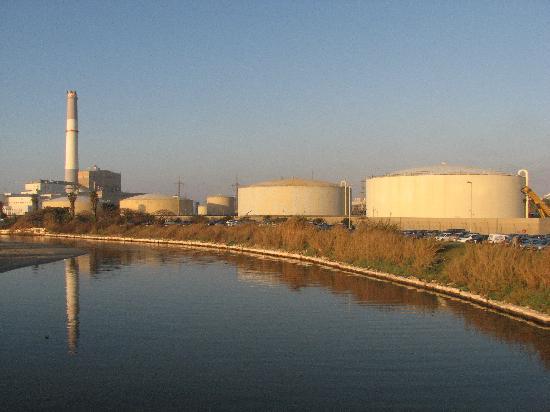 Old Tel Aviv Port Area: Hayarkon river and the  power station as viewd from tel Aviv port