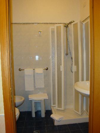 Hotel Corallo : Il bagno.