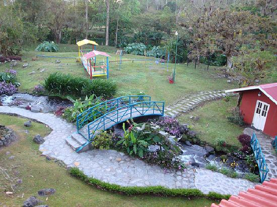 Hotel Dos Rios : Really nice grounds & courtyard