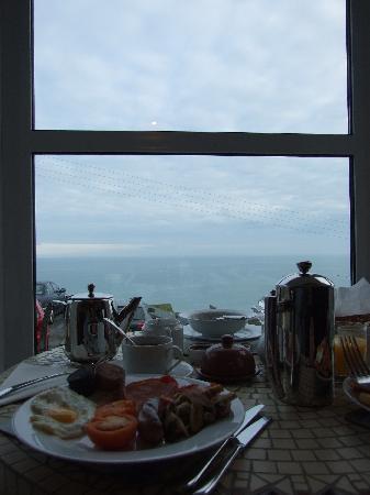 Ten Ocean View: breakfast