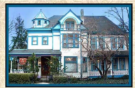 Harrison House Bed & Breakfast: A victorian beauty!