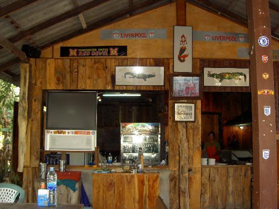 kitchen at romm mai