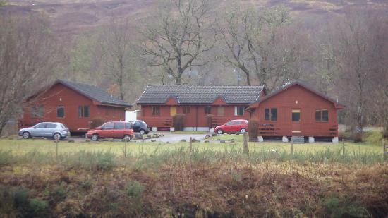 Seangan Croft Lodges & Cottages: The lodges viewed from accross the canal