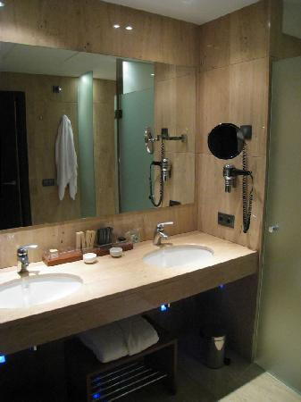 Andorra Park Hotel : SdB Suite Junior