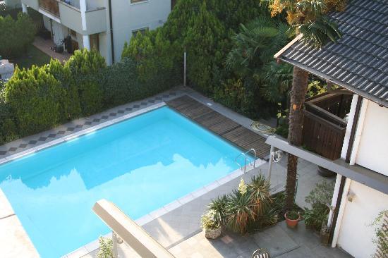 Hotel Gruberhof: La piscina