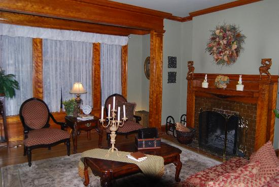 Horicon, WI: living room