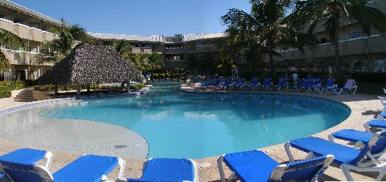 Doubletree Resort by Hilton, Central Pacific - Costa Rica : Une piscine