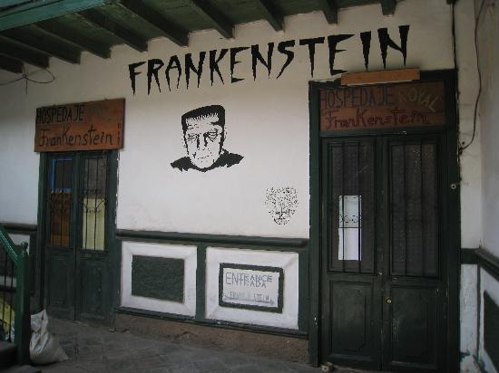 Royal Frankenstein: Once your walk into the street entrance, you see it isn't confusing at all!