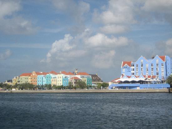 Curacao marriott beach resort & emerald casino reviews