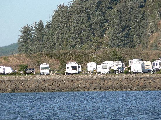 写真Winchester Bay RV Resort枚