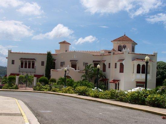 El Museo Castillo Serralles: Castillo Seralles Museum