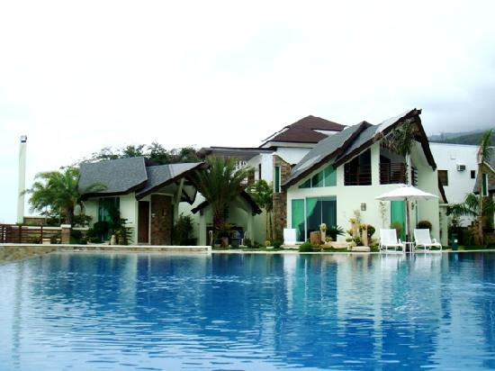Pool Acuatico Picture Of Acuatico Beach Resort Hotel Laiya Tripadvisor
