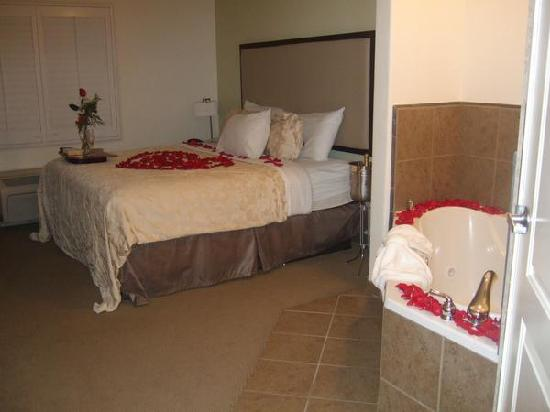 Hawthorn Suites by Wyndham Victorville : Nice room