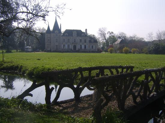 Chateau de la Coutanciere from the island