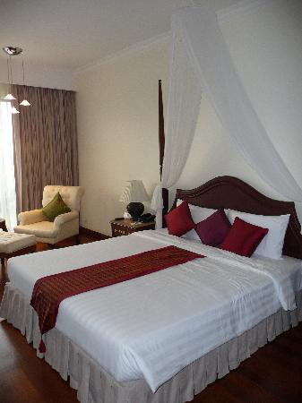 Angkor Palace Resort & Spa: Our Room