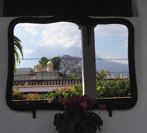 Casa Florencia Hotel: reflection