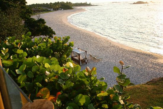 Four Seasons Resort Punta Mita: beds on beach