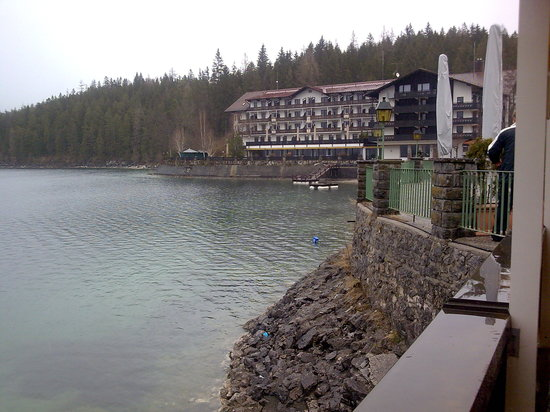 Eibsee Pavillon: the Eibsee hotel