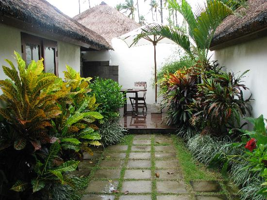Belmond Jimbaran Puri: Courtyard