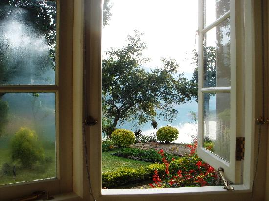 Ceylon Tea Trails - Relais & Chateaux: View from Tate room, Castlereagh