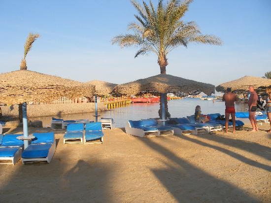 Sultan Beach Hotel: plage