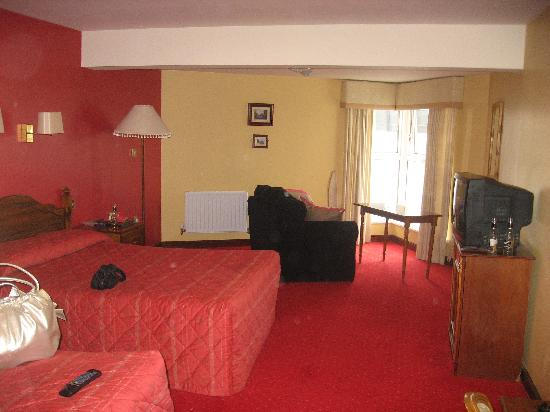 Yeats Country Hotel, Spa and Leisure Centre: Room
