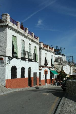 Apartamentos Muralla Ziri: Vereda Enmedio