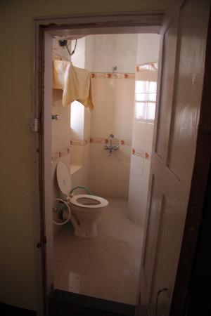 Bentley's Hotel : Bathroom