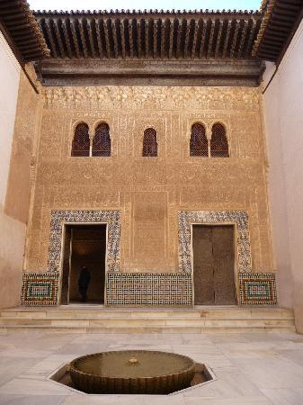 Foto de la alhambra granada fachada del palacio de - Banos arabes palacio de comares ...
