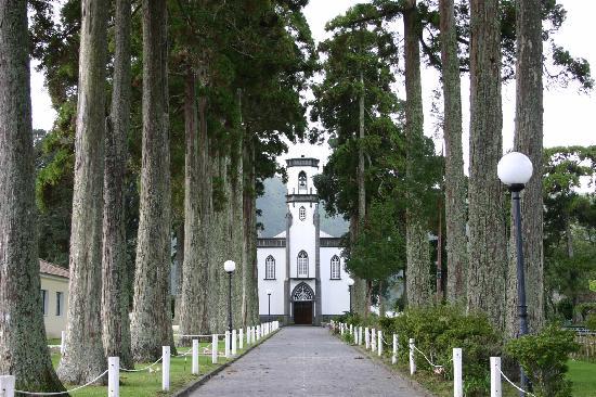 Caldeira das Sete Cidades: Church on Sete Cidades