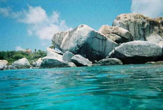 The Baths : In the water looking back at some of the smaller boulders