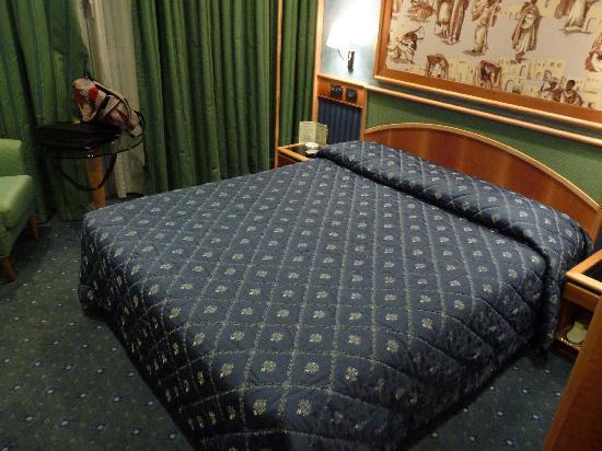 Brunelleschi Hotel: chambre sup 220