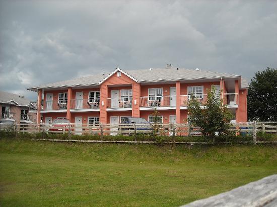 Hotel-Motel Castel de la Mer : prise de vue des studio de luxe